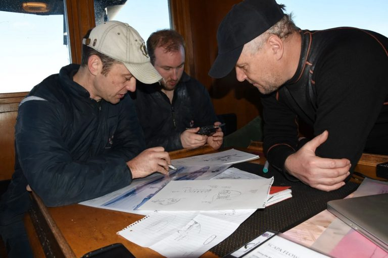 Advanced diving expeditions and instruction